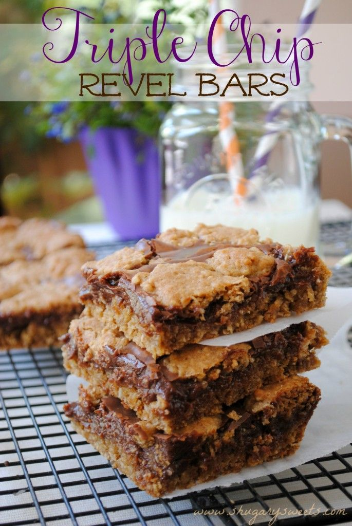 Triple Chip Revel Bars- oatmeal cookie bars filled with butterscotch, dark chocolate and milk chocolate chips! #cookiebars #dessert www.shugarysweets.com