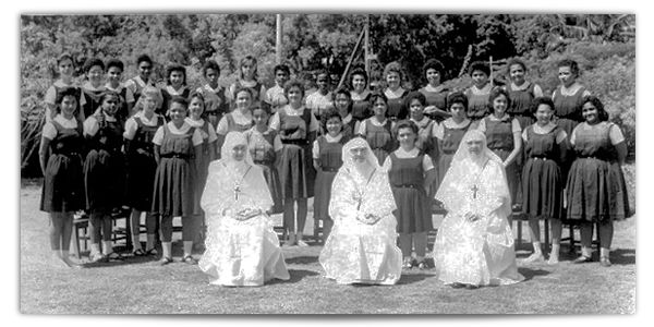 Apos o Primario (1. ciclo do Ensino Fundamental)… alternativa eram os Internatos catolicos, principalmente para as adolescentes
