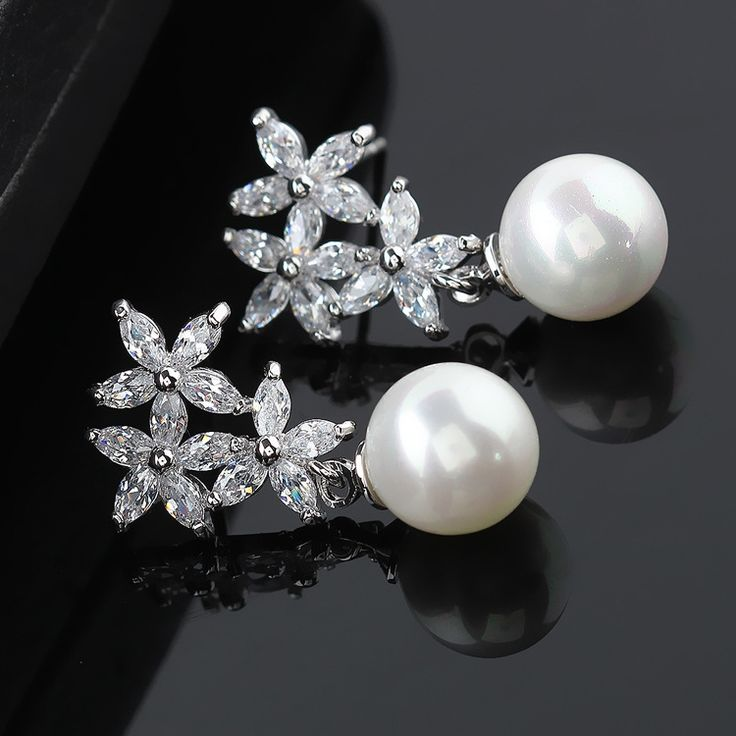 2015 new High-end fashion atmosphere hot zircon flower wholesale pearl rose gold/white gold earrings Han edition earrings