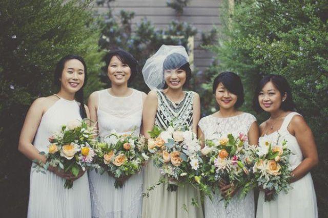 Witte jurken voor je bruidsmeisjes | ThePerfectWedding.nl