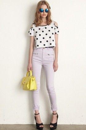 水玉のガーリーなトップスにラベンダーカラーのパンツで上品に♡ ハイウエストスカート・パンツ スタイル ファッション コーデ♪
