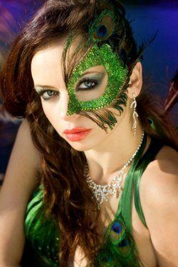 peacock-makeup