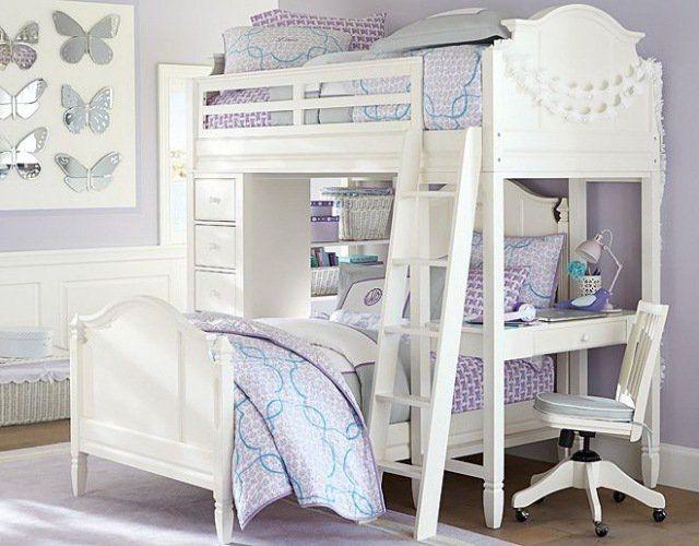 déco chambre enfant - lit à deux étages, literie en lilas et blanc, bureau et déco murale en papillons