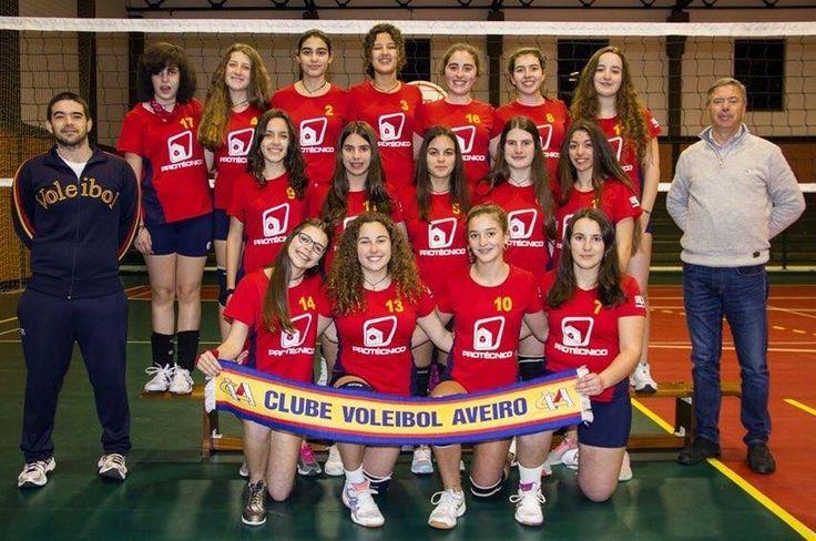 Equipa de Cadetes voleibol - CVA Época 2015/2016 #voleibol #volei #volleyball #cva #cvaaveiro #aveiro #aveirolovers #portugal #equipa #cadetes #voleibolfeminino #nr12 #carolinabandeirinha #bandeirinha #acabandeirinha