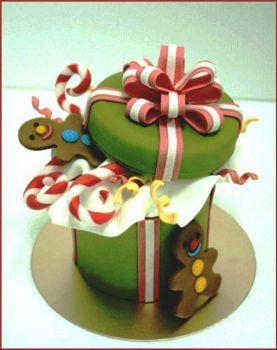 Gingerbread Surprise Cake (48 pieces)