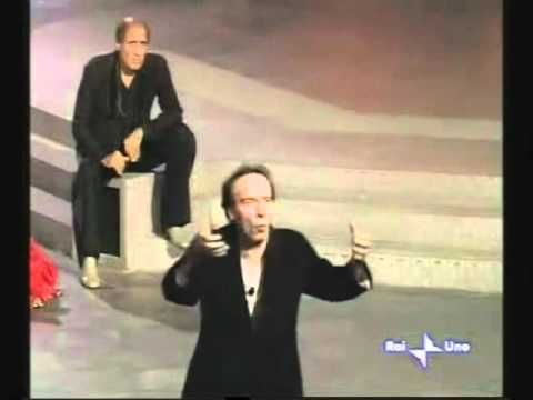 Roberto Benigni - Apologia di Socrate - YouTube