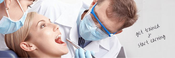 Want to serve as a #dentist_assistant? You can make this occupation your career enrolling yourself into professional #dental_assistant_classes_in_Chicago,IL.