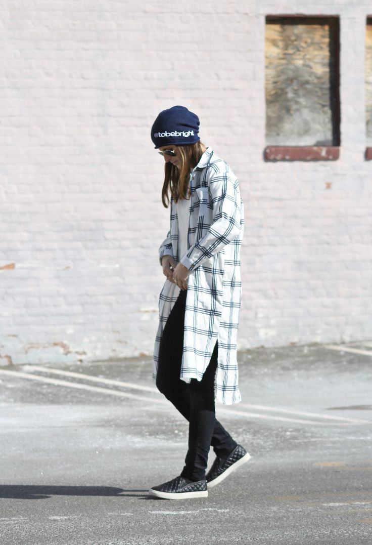 Checked Lengths || #WindsorStore maxi shirt dress cardigan, #FlyingMonkey #EastandLo black jeggings, #SteveMadden #SouthMoonUnder black quilted slip-on sneakers, #BeanieBliss custom navy slouch beanie, NYC street style, winter fashion, winter outfit ideas, fashion blogger #tobebright