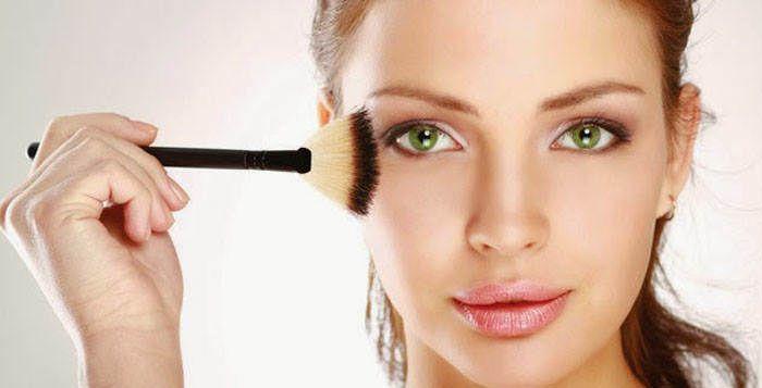 Tampil cantik merupakan impian setiap wanita, banya wanita berlomba-lomba melakukan perawatan untuk mempercantik diri. Mulai dari perawatan wajah, perawatan rambut, hingga perawatan kulit yang tentunya bisa memakan biaya yang cukup mahal. Salah satu alternatif untuk tetap tampil cantik adalah dengan menggunakan make-up.