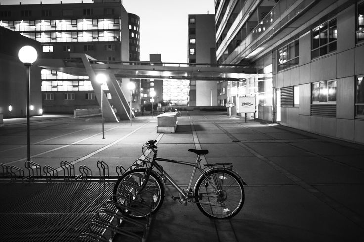 Bicycle in Wien, Austria - Photography by : Alexandru Chitu ; 1. www.facebook.com/alex.chituphoto/ ; 2. www.alexchitu.ro