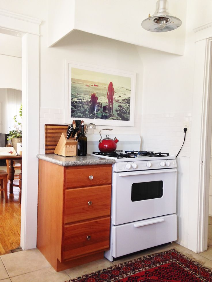Before and After: An Affordable Rental Kitchen Makeover via @MyDomaine
