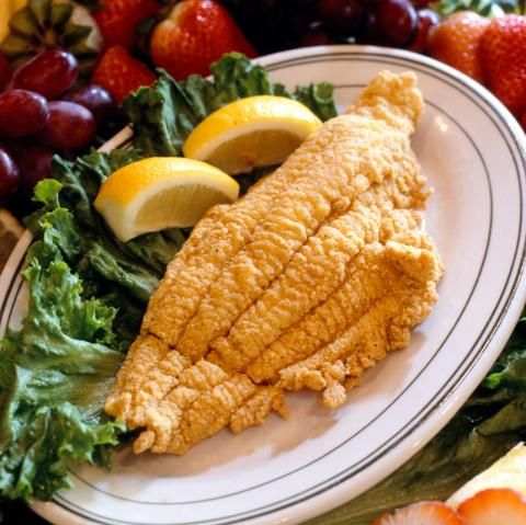 Fried Catfish : rinse, pat dry, soak in milk. Roll in 1 1/2 c corn meal, 2 1/2 tsp cayenne, 1 tsp pepper, and 2 tsp salt. Set aside to dry while heating oil.