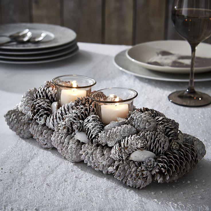 les 10 meilleures id es de la cat gorie centre de table de pomme de pin sur pinterest. Black Bedroom Furniture Sets. Home Design Ideas