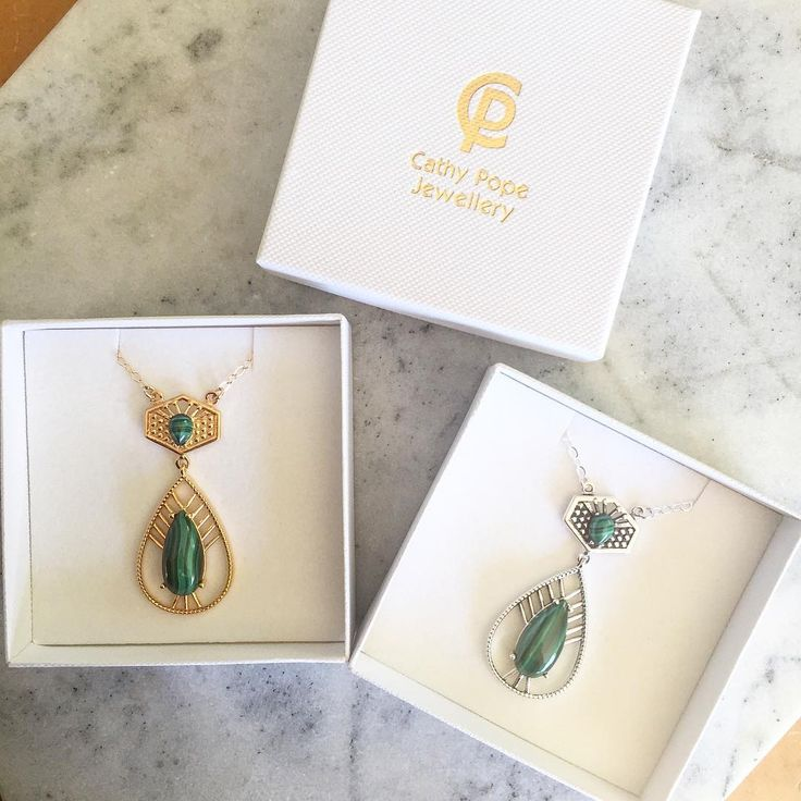 So darn pretty, even if we say so ourselves 💚 These malachite pendants have been designed exclusively for my recent 'passion project' with three friends @thepaintedpeacockprojectnz . Only $189 gold (plated over sterling silver) and $179 sterling silver with 20% of proceeds going to children in NZ and India 💞 Pre-order yours online now 👆🏼or come to our exhibition at @allpressnz Dec 6-10 and buy yours there. Only 40 of each made. . . #thepaintedpeacockprojectnz #udaipur #india #rajasthan…
