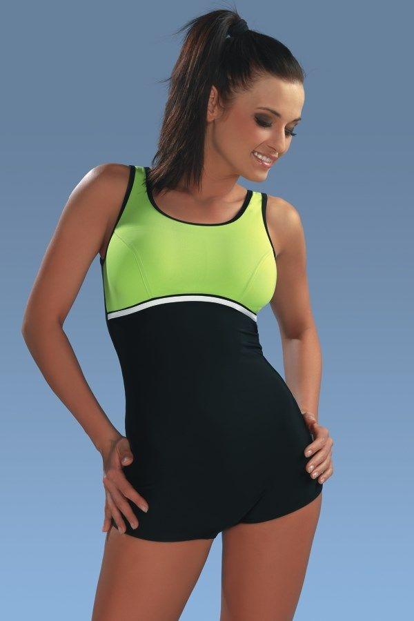 Maryla1 face parte din gama de costume de baie sport a celor de la WINNER. Are un stil atletic, care coboara usor pe picior.  Partea dinspre gat este intarita si captusita cu pernite detasabile. Croiul din spate este oval.   Este un model ideal pentru piscina.