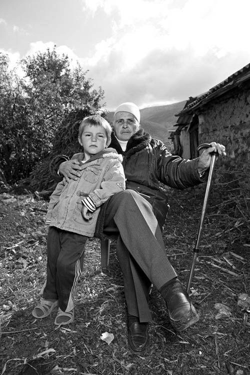 Vírgenes juradas de Albania_fotógrafa Jill Peters