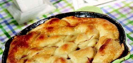 Sandra Lee Upside-Down Apple Skillet Pie- Upside-Down Apple Skillet Pie