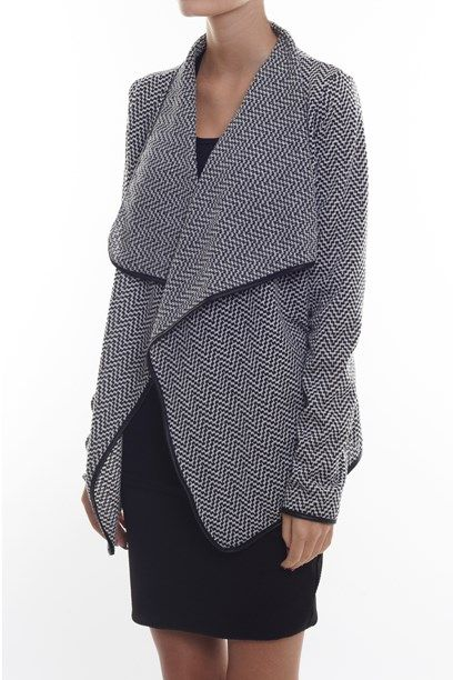 IDALINE CARDIGAN Woven black and white cardigan - nice for the office outfit. Says Creme Fraiche dk