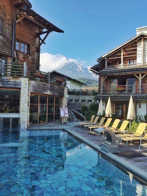 Familienurlaub deluxe im Post Alpina, Familienhotels Südtirol, im traumhaft schönen Pustertal. Infos und Bericht online auf www.cappumum.de!