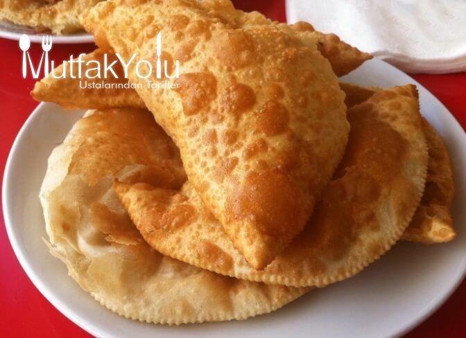 Eskişehir In çiğ Böreği Tarifi Yemek Tarifleri Yemek Yemek Sanatı