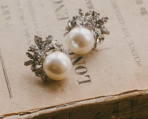 Vintage Style Pearl