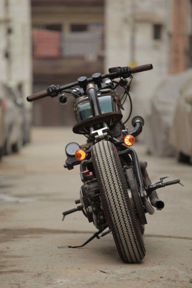 Harley Davidson Indian 1 740x1110 Harley Davidson 883 by TJ Moto