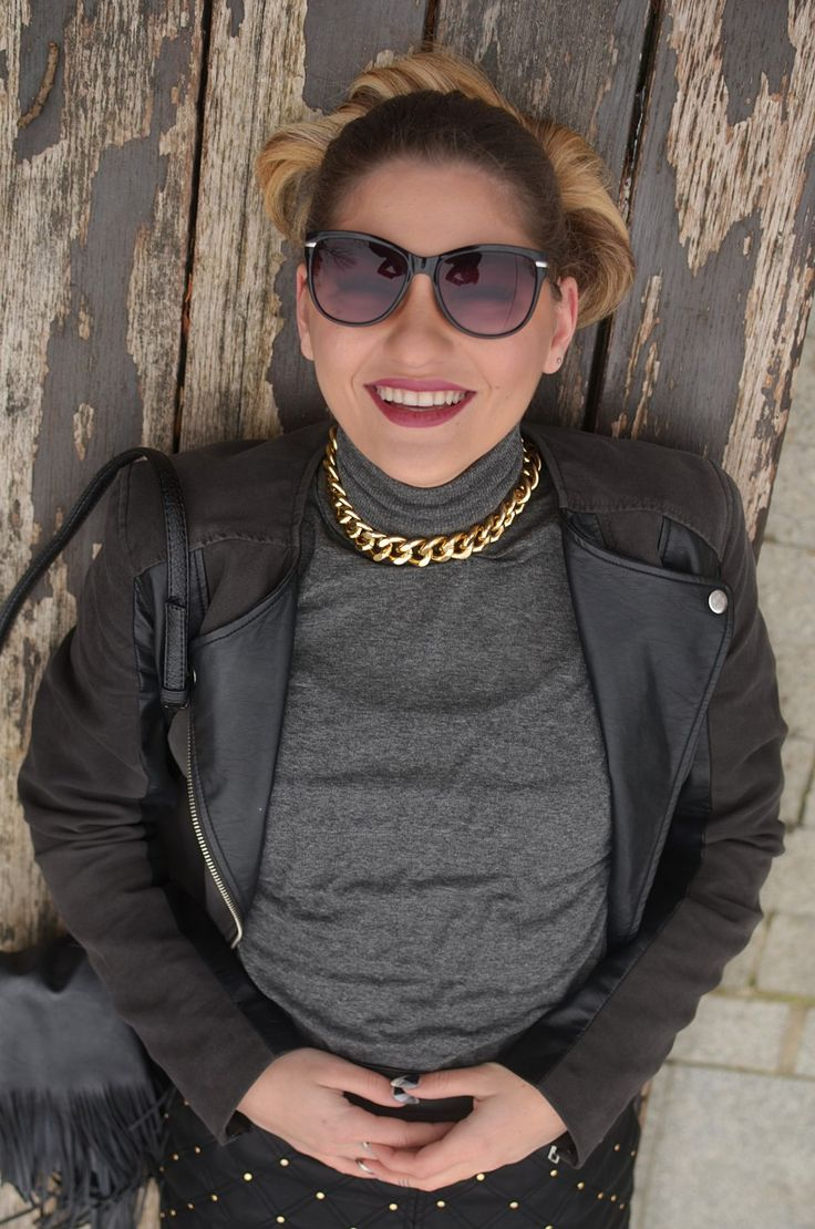 Leather outfit on http://lauramusuroaea.com/my-leather-keeps-me-warm/