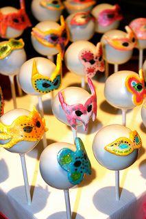 cake pops bal masqué