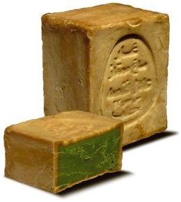 Hoy os hablo del jabón de alepo. Si queréis conocer las múltiples propiedades de este jabón milenario no os perdáis el post.