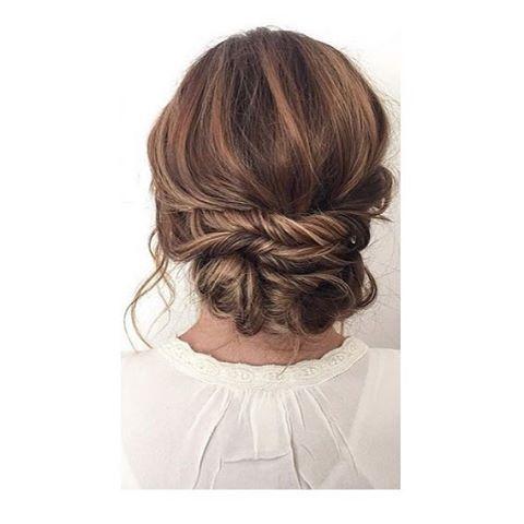 Peinado sencillo para novias e invitadas  #lolabodas #peinados #inspiración #recogido