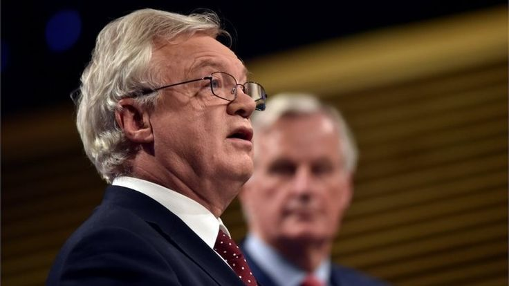 """Barnier gives UK two weeks to clarify Brexit bill amount https://tmbw.news/barnier-gives-uk-two-weeks-to-clarify-brexit-bill-amount  The UK has two weeks to clarify what it will pay the EU if progress is to be made in Brexit talks, the bloc's chief negotiator Michel Barnier has said.He was speaking after meeting Brexit Secretary David Davis for discussions on citizens' rights, the Irish border, and the UK's """"divorce bill"""".Mr Davis said it was time for both sides """"to work to find…"""