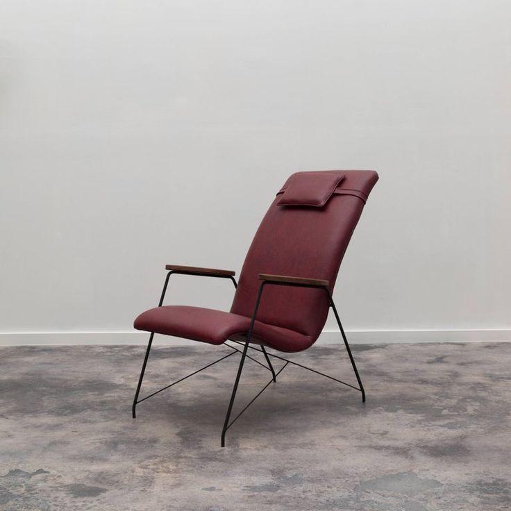 Pair of Vintage Espaldar Armchairs by Martin Eisler. Available at ESPASSO. Midcentury modern Brazilian design.