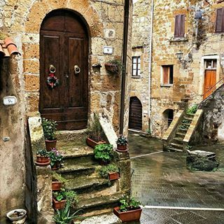 🔷 25🔹February🔹2018 🔷  👉 Artist: @georgeluchy1973 👈  🌍 Location: Pitigliano, Toscana, Italy 🌍  🔝Visit her beautiful gallery🔝  ✔Photo selected from Admin: @antoninoprinciotta✔  🔻🔻🔻🔻🔻🔻🔻🔻🔻🔻🔻🔻🔻🔻🔻🔻🔻🔻🔻🔻  🚶 FOLLOW 👉 @italiainunoscatto  ✔ HASHTAG 👉 #italiainunoscatto #italia_inunoscatto  🔺🔺🔺🔺🔺🔺🔺🔺🔺🔺🔺🔺🔺🔺🔺🔺🔺🔺🔺🔺  👤 Founder/Admin: @antoninoprinciotta  🌟🌟🌟🌟🌟🌟🌟🌟🌟🌟🌟🌟🌟🌟🌟🌟🌟🌟  👉 Our other gallery:  👉 @italiainunoscatto_bnw…