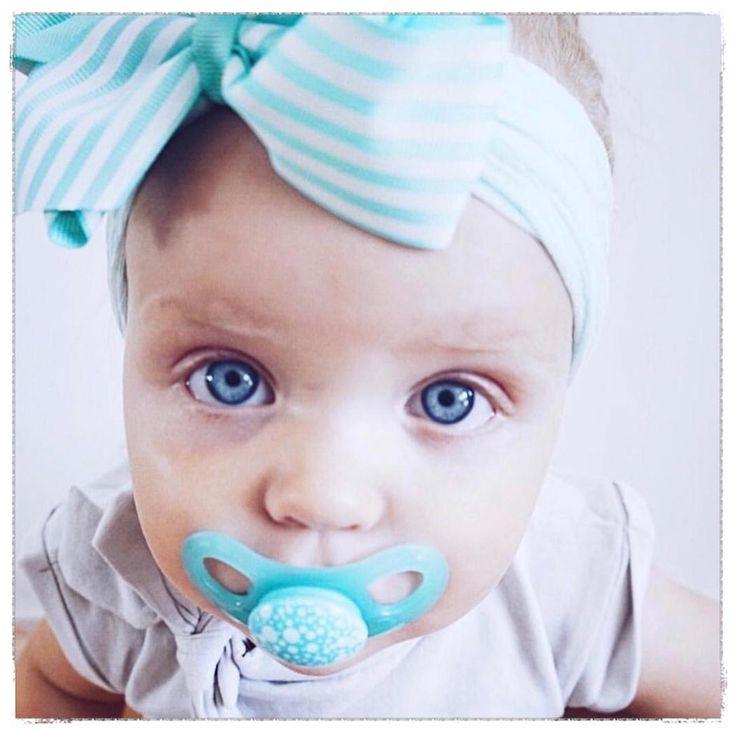¡No te quedes sin tu chupete NaturaMum! Producto libre de BPA y su forma ortodóntica es totalmente segura para el desarrollo dental del bebé     ¿Sabías que tanto en la etapa de gestación y de lactancia la madre puede pasar BPA a sus hijos, como también al calentar mamaderas con agua o leche en el microondas? ¡Siempre recomendemos los productos libres de BPA!