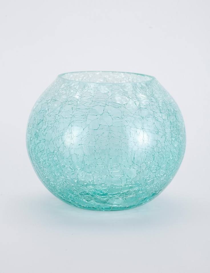 Ook voor bovenop een plankje of kastje, in verschillende groottes, en dan wit en blauwig gecombineerd of roze en wit gecombineerd ofzo.    CRACKLE tealight holder large turquoise | T-light standing | Candles and Lanterns | Interior | INDISKA Shop Online