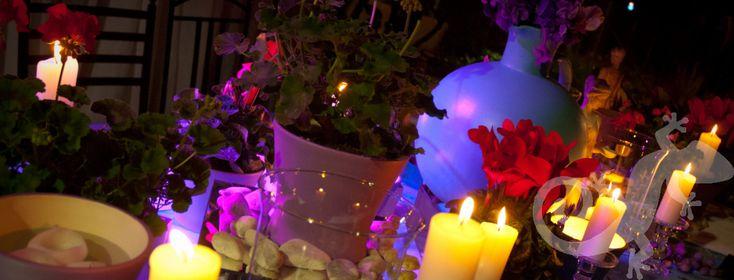 candle-lit Greek island setting, lighting, Greek theme