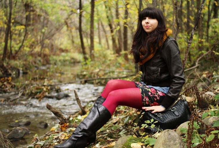 Virginie in red pantyhose, flower pattern skirt and black boots