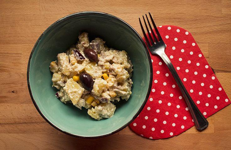 Salata de cartofi cu ton si masline