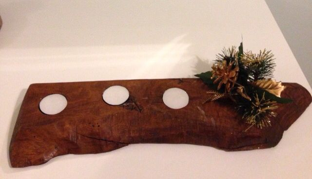 Portacandele natalizio in legno d'ulivo