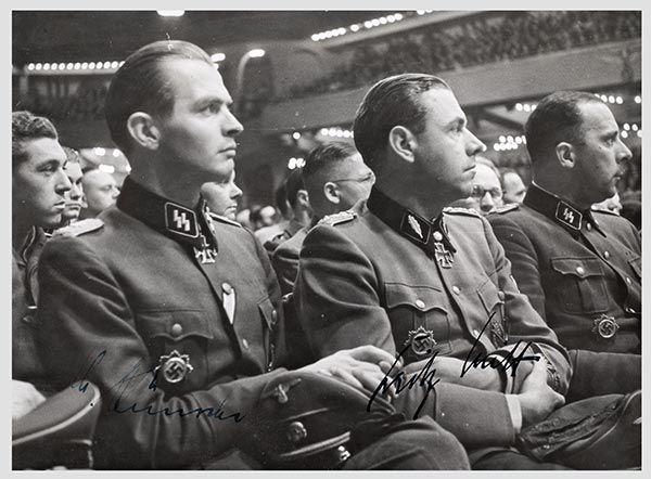 Brigadeführer Fritz Witt. El 20 de Abril de 1944 es ...