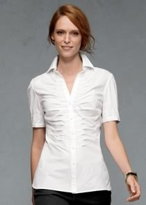 Great white shirt: Outfits, Great White, White Shirts, Doreen Blouses, Style Stuff