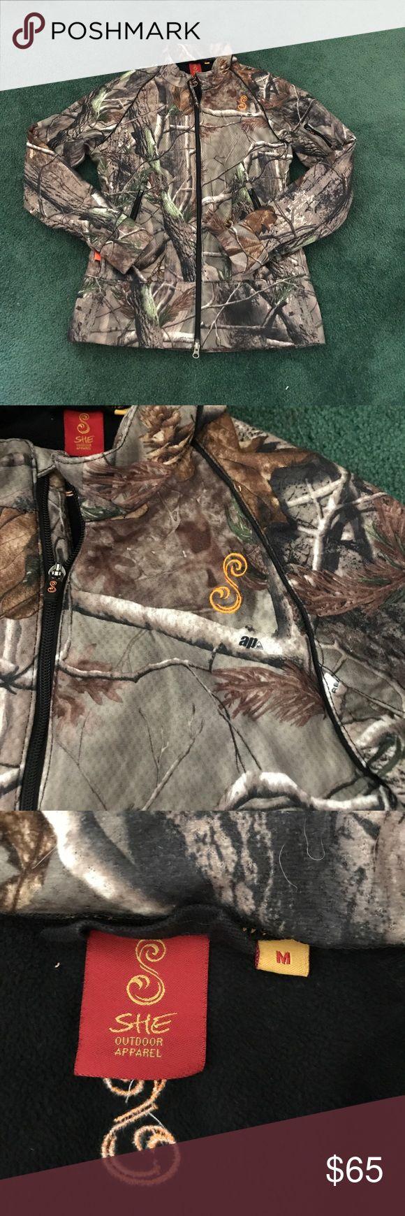 SHE Camo jacket Women's SHE Camo jacket size medium. Jackets & Coats