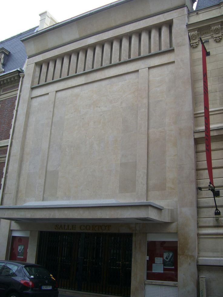 Salle Cortot de l'Ecole normale de musique (1929) 78 rue Cardinet Paris 75017. Architectes : A et G Perret