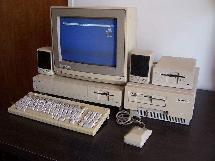 Amiga 1000 with PC Sidecar | Webdesign | Construção de sites | SEO | Criação de sites | Portugal | Algarve | www.novaimagem.co.pt
