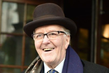 Robert Hardy Dies: 'Harry Potter', 'All Creatures Great And Small' Actor Was 91 #RIP #CorneliusFudge