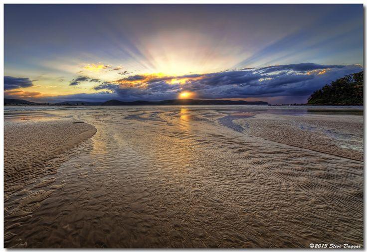 Sunrise by Steve Daggar / 500px