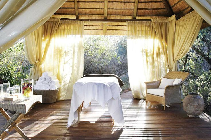Relax body, mind and soul at Molori Safari Lodge