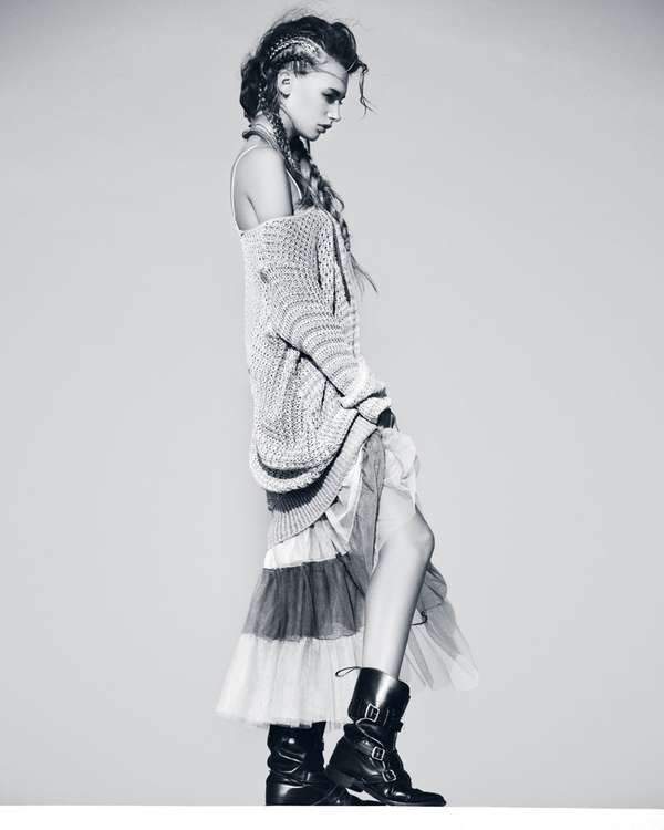 92 Graceful Gypsy Editorials - From Eclectic Bohemian Shoots to Frugal Hippie Fashion