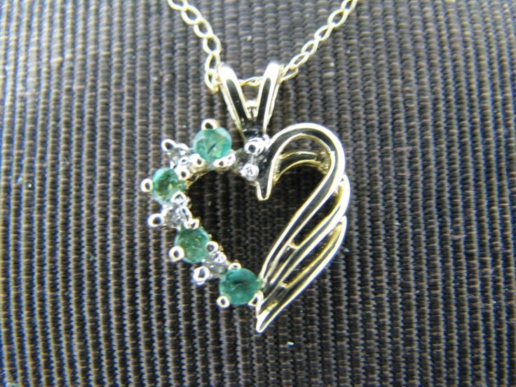 c078 Vintage Lovely 10k Gold Emerald and Diamond Heart Shaped Necklace Pendant #Pendant