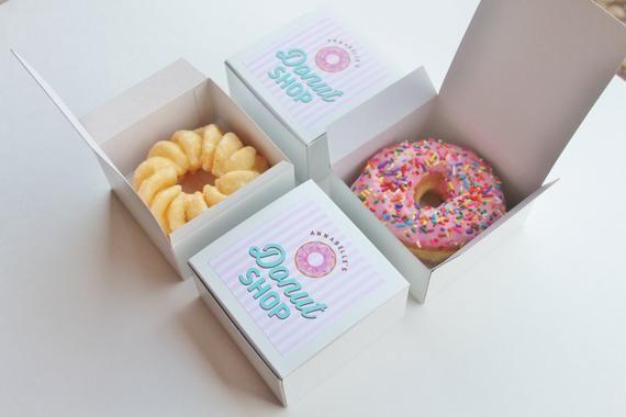 Dozen Donut Favor Boxes Single Donut Box Donut Shop Party Treat Box Sprinkle Donuts Stripes In 2020 Donut Box Dozen Donuts Donut Shop